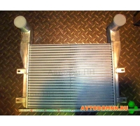 Охладитель наддувочного воздуха ПАЗ дв. Cummins ISBe150,185,ISF 3.8 320401
