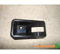 Облицовка ручки двери водителя ПАЗ 3205-6205070