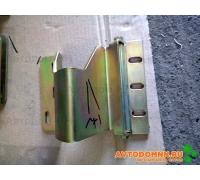Петля кронштейна блока фар левая в сборе ПАЗ 320412-05-3711171