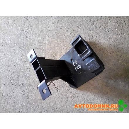 Опора передняя левая для пневмобаллона VSP2B12Ra (111ось) КАВЗ 4238-03П-2924008